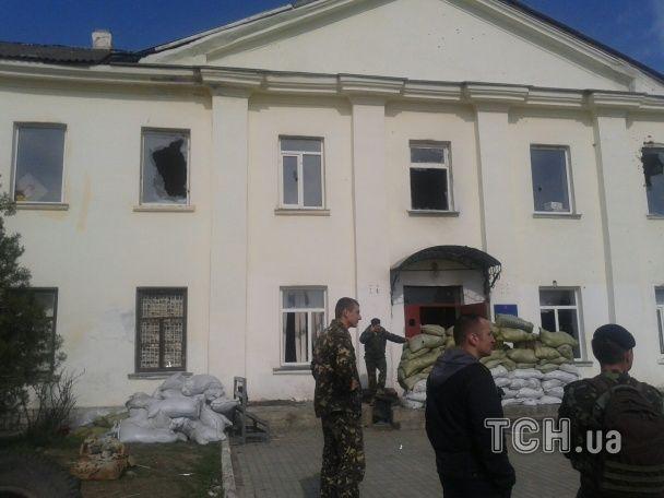 В сети появились фото погрома части морпехов в Феодосии / tsn.ua