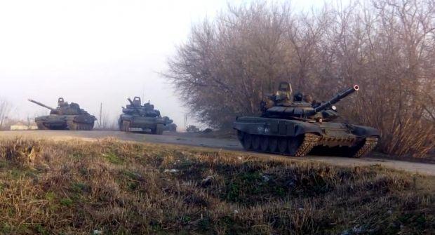 Россия стягивает свои лучшие подразделения к украинской границе / vk.com/video212766418_167945175?hash=bec0664c7d8ac435