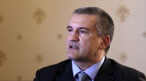 Аксенов пожаловался на сокращение подачи воды / REUTERS