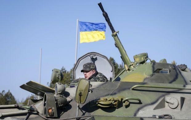 В Минфине подсчитали, что армии нужно 12 млрд гривень / REUTERS