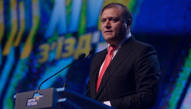 Добкин призвал уделить внимание украинской экономике