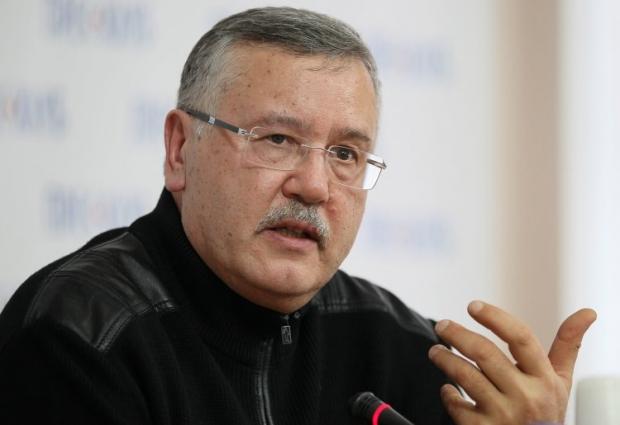 Гриценко наполягає на тому, що Турчинов має сидіти в тюрмі за Крим / УНІАН