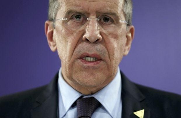 Лавров пропонує розпочати діалог в Україні
