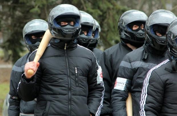 Невідомі з битами розтрощили кафе в Одесі / фото УНІАН