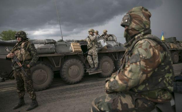 Военные заявляют, что нападение осуществили профессионалы / REUTERS