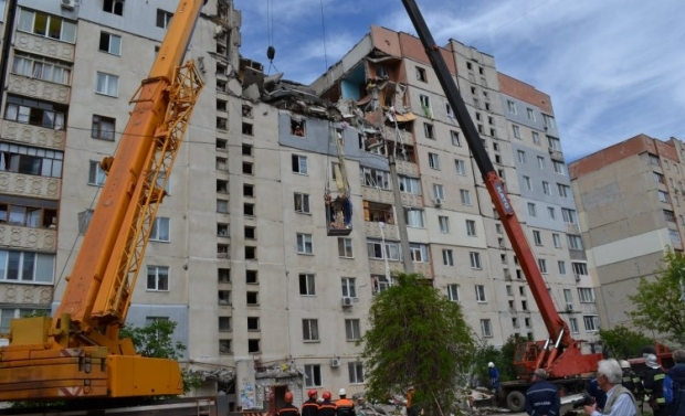Death toll of blast in house in Mykolaiv rose to 4 people/ Photo UNIAN