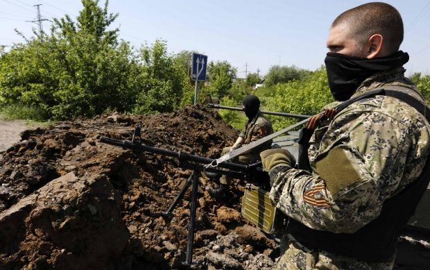 Террористы установили несанкционированный блокпост / REUTERS