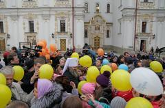 120 дітей- сиріт відвідали Лавру в рамках «Всеукраїнського Дня молитви за сиріт »