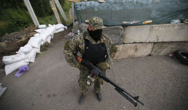 About 150 terrorists try to break through in region of Svatovo through roadblock of ATO forces – Tymchuk/ REUTERS