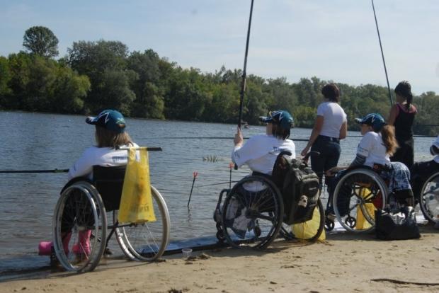 Мама ребенка с инвалидностью создала проект, который помогает больным детям становиться самостоятельными  / Фото: УНИАН