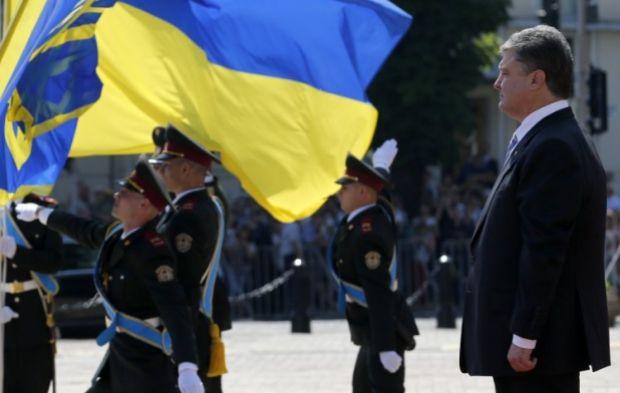 В 2014 году не менее пышно принял пост и Порошенко / Фото УНИАН
