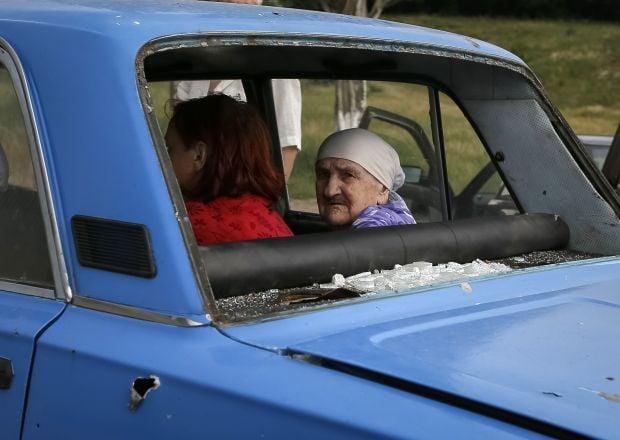 Seleznev: Ukrainian military men check who leave ATO area / REUTERS