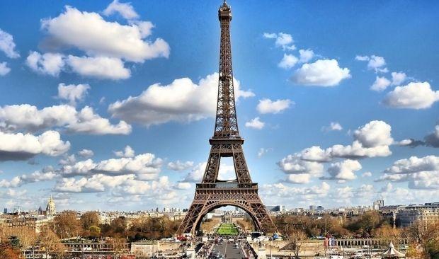 Ейфелеву вежу зачинили для відвідування туристів  / фото ТСН