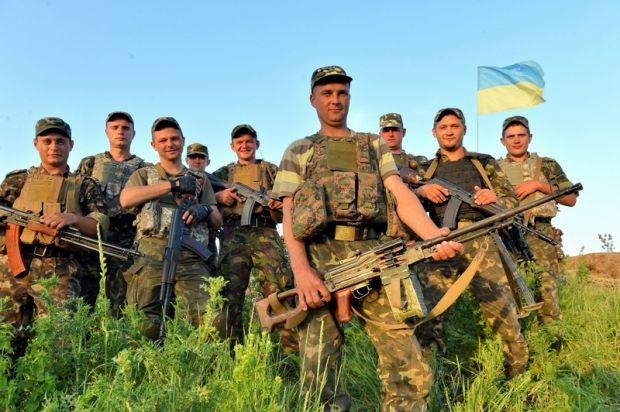 """Avakov's counselor: More than 1000 fighters eliminated in first days after truce/Photo correspondent of """"Golos Ukrainy"""" newspaper Oleksandr Klimenko"""