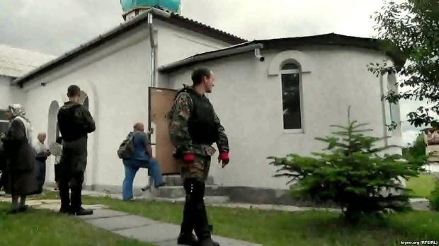 Росія погрожує ліквідувати українські церкви / ua.krymr.com