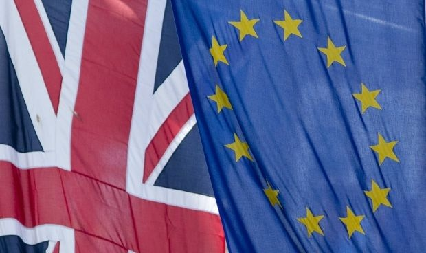 EU waits real actions from Russia in support of Poroshenko's plan till Friday, otherwise sanctions to be applied – Foreign Secretary of Great Britain/REUTERS