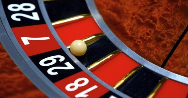 Также очень важно на стадии открытия казино проверять истоки компании: кто открывает казино, за какие средства? / Фото УНИАН