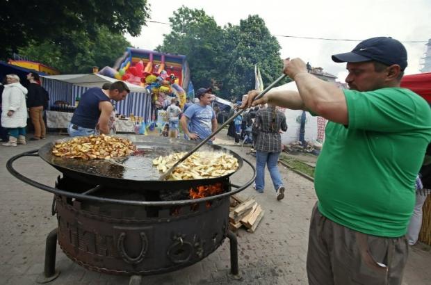 Распространение ожирения в мире приобретает характер эпидемии / Фото: УНИАН