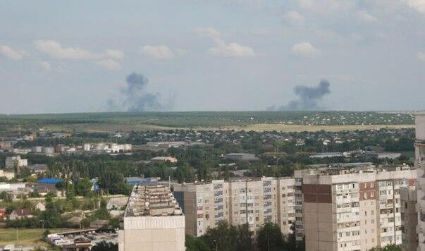 Ukrainian soldiers unblock airport of Luhansk with combats / @100007182042214