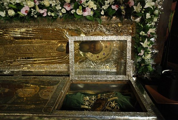 Мощи основателя Троице-Сергиевой лавры были обретены 18 июля 1422 года.