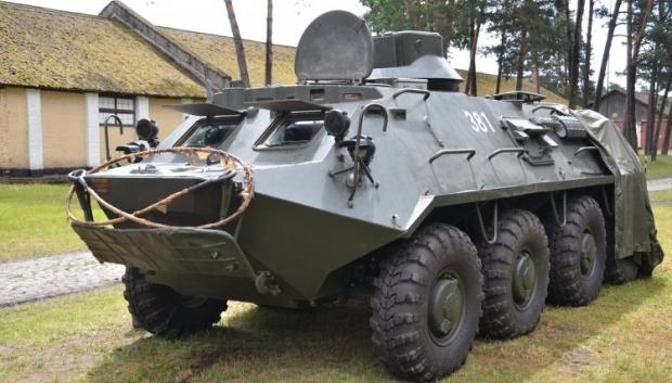 Украинские военные получат еще три БТРа / Фото УНИАН