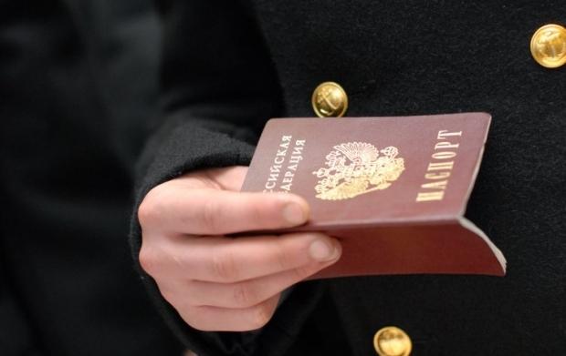 Путин принял закон о выдаче российских паспортовжителям Донецкой и Луганской областей / фото УНИАН