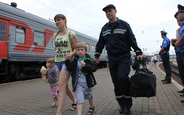 Социологи отмечают, что крымские переселенцы более склонны считать, что для них важно участвовать в местных выборах / УНИАН