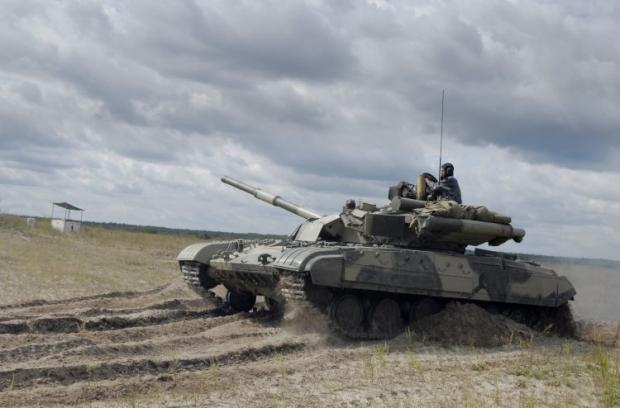 "Украинский танк Т-64БМ ""Булат"" / Фото: УНИАН"