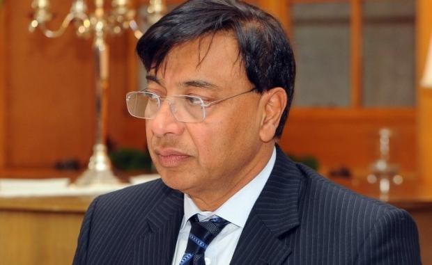 Лакшми Миттал обещает поддержку семьям погибших в АТО сотрудников