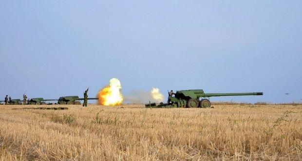 Артиллеристы ВМС провели боевые стрельбы