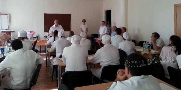 ЛГУ оставляет Луганск