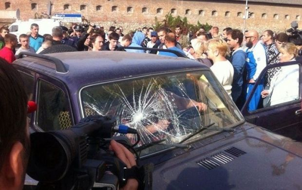 У Львові сталися сутички, коли водій наїхав на натовп / Варта-1
