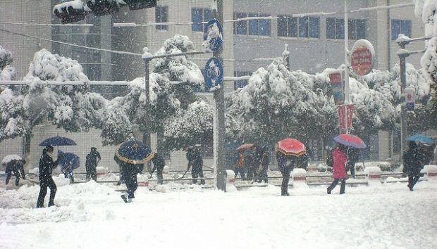 ДСНС попередила про мокрий сніг і ожеледь в п'яти областях України / фото flickr.com