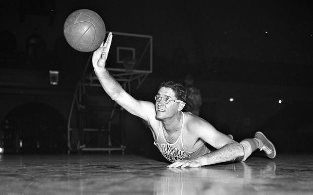 Джордж Майкен был в числе первых звезд американского баскетбола / lakernation.com