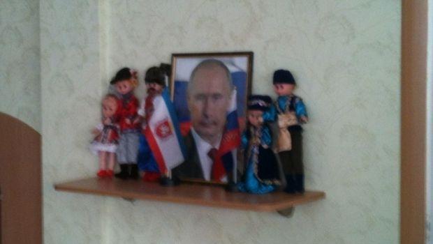 У Криму дітей привчають до Путіна з садка