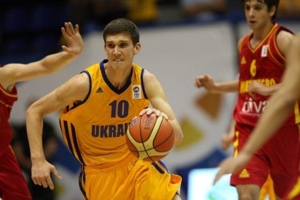 Святослав Михайлюк дебютировал в главной американской студенческой лиге / sport-xl.org