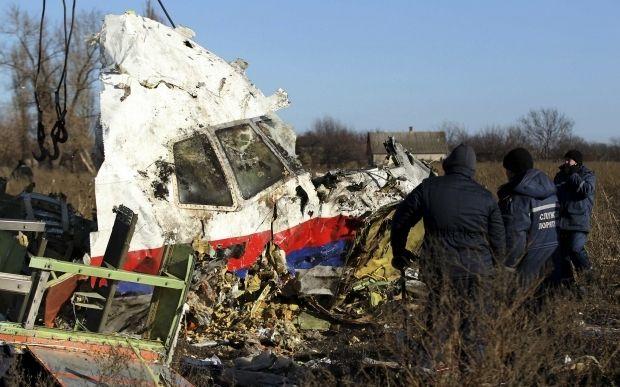 Обломки сбитого над Донбассом MH17 \ REUTERS