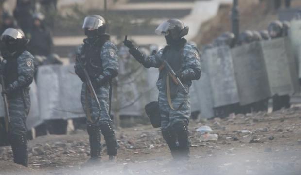 20 лютого 2014 року операторразом з журналістом працював на вулиці Інститутській/УНІАН