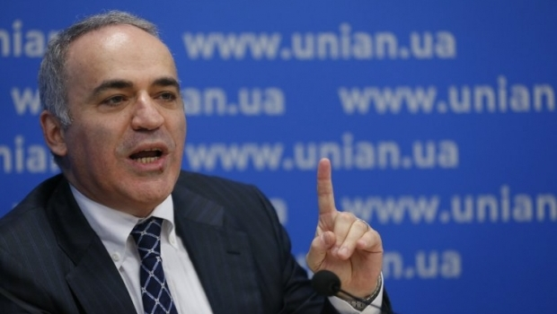 Каспаров: массовые протесты неизбежно будут