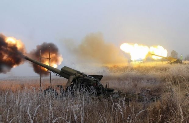 Russian proxies are using artillery systems near the village of Pisky / Photo from Ukraine's Defense Ministry