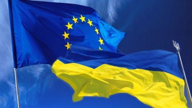 """Київ закликає ЄС накласти санкції на всіх причетних до організації """"виборів"""" в ОРДЛО / фото ZN.UA"""