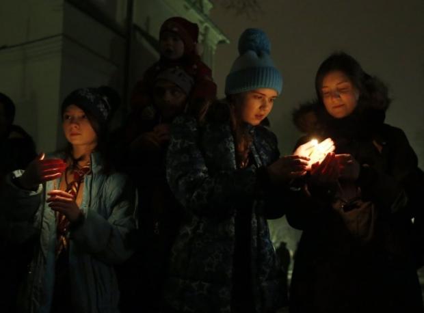 Все желающие смогут приобщиться к мероприятию и зажечь себе свечу от Вифлеемского огня мира / УНИАН