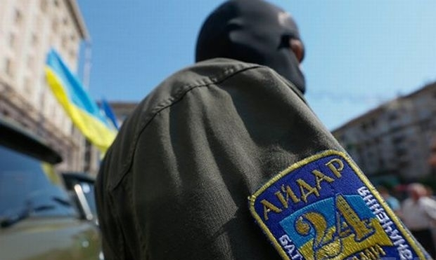 The captured Russian officers are being interrogated by Ukrainian SBU / Photo from UNIAN