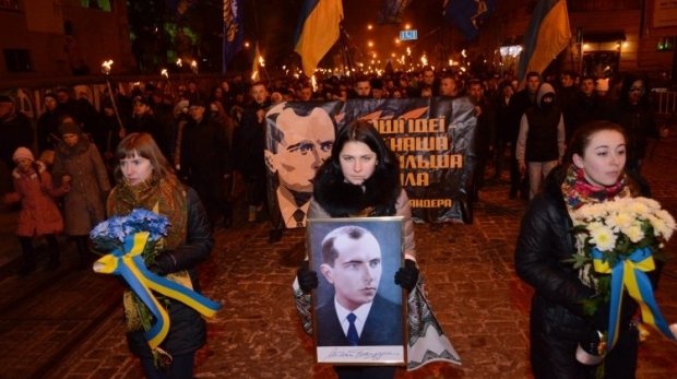 1 января тысячи националистов по традиции устраивают факельное шествие / УНИАН