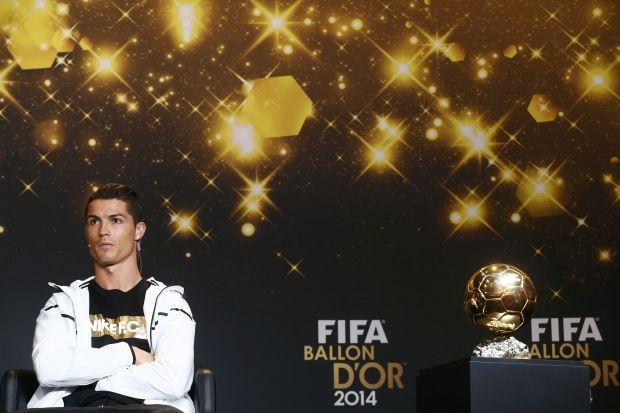 Роналдо стал лучшим в мире во второй раз подряд / REUTERS