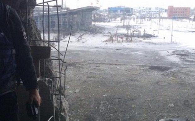 Ожесточенные бои в донецком аэропорту продолжаются / @epoddubny