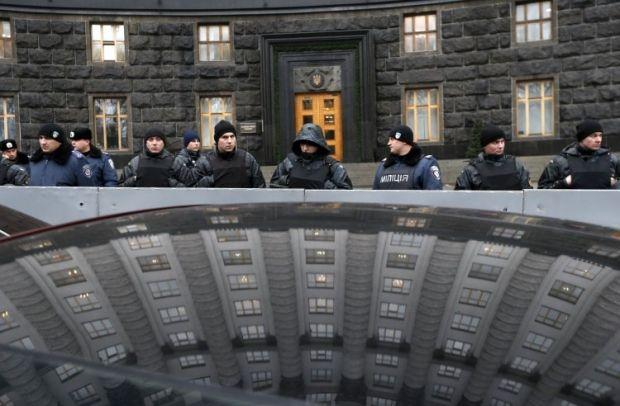 В правительственном квартале усилят охрану