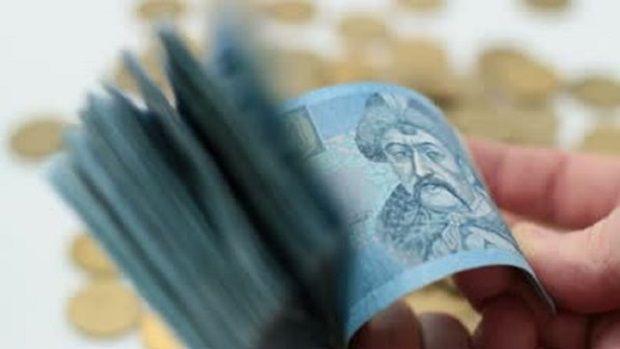 Украинская валюта продолжает девальвировать / profi-forex.org