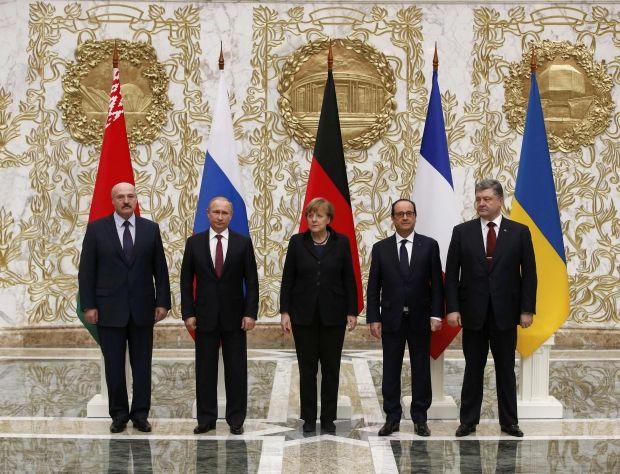 Александр Лукашенко, Владимир Путин, Ангела Меркель, Франсуа Олланд и Петр Порошенко / REUTERS