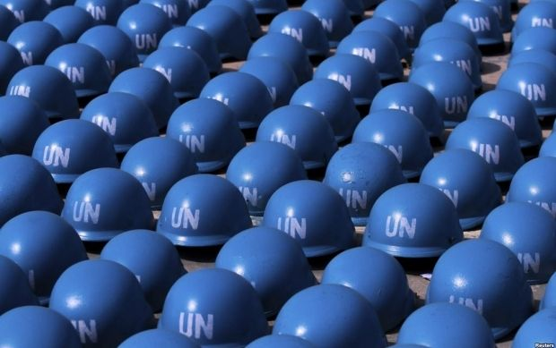 Голубые каски миротворцев ООН / REUTERS